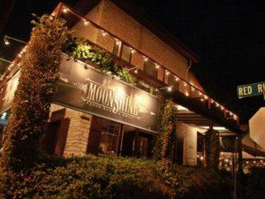 9. Moonshine Patio Bar and Grill