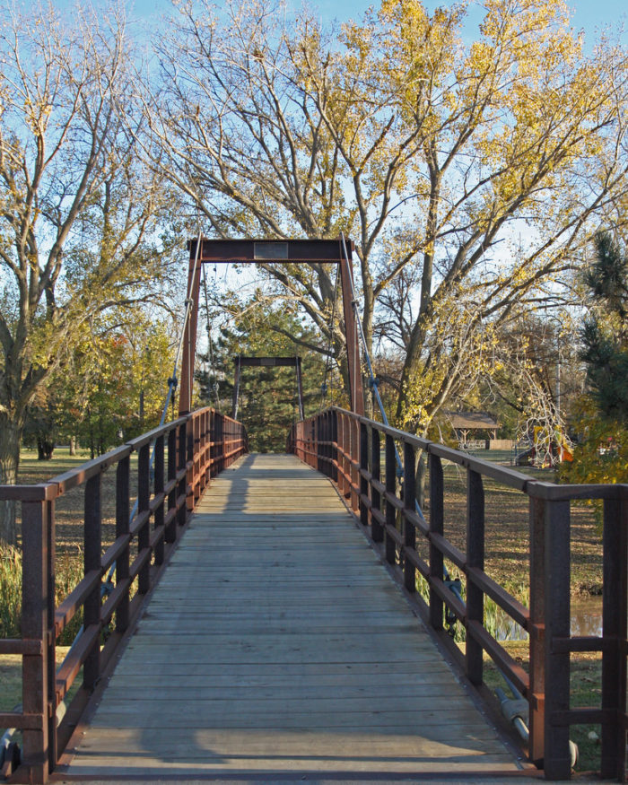 11. Foot bridge (Salina)