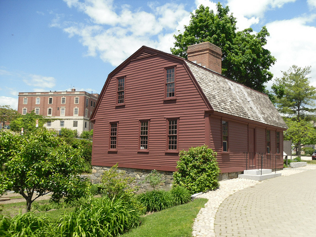 17. Learn about the state's rich history and visit historical attractions like Slater Mill Historic Site!