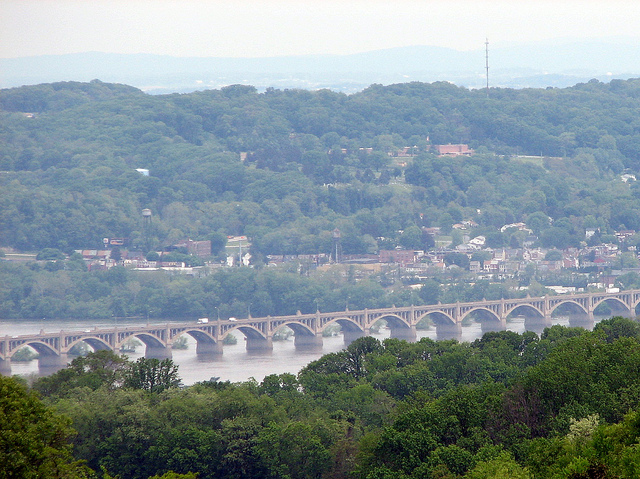 5. Climb to the top of Mt. Pisgah in Samuel S. Lewis State Park for an unparallelled view of the Susquehanna River.