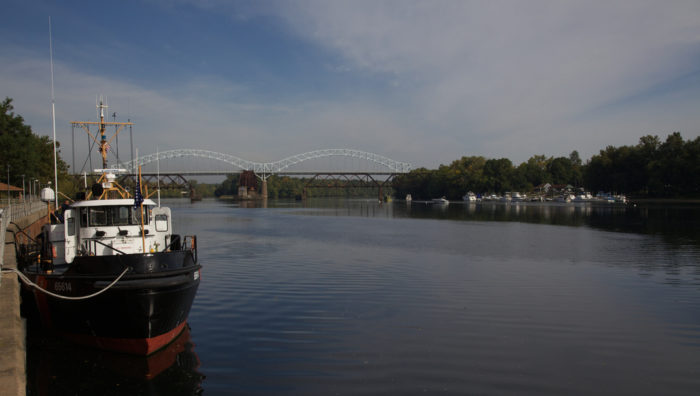 The bridge runs perpendicular to the Connecticut River and connects Middletown to Portland.