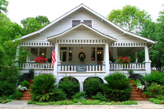 4. Camellia House Bed and Breakfast, Covington