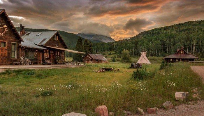 10. Colorado: Dunton Hot Springs