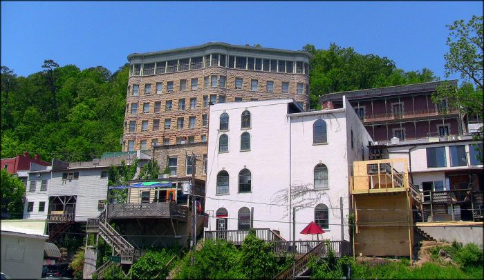 Basin Park Hotel In Eureka Springs