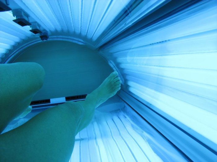 5. It's illegal for a tanning bed in Iowa not to inform you of the risk of sunburn.