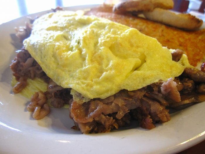 5. It can also be eaten any time of the day. Doesn't this prime rib omelette look AMAZING?