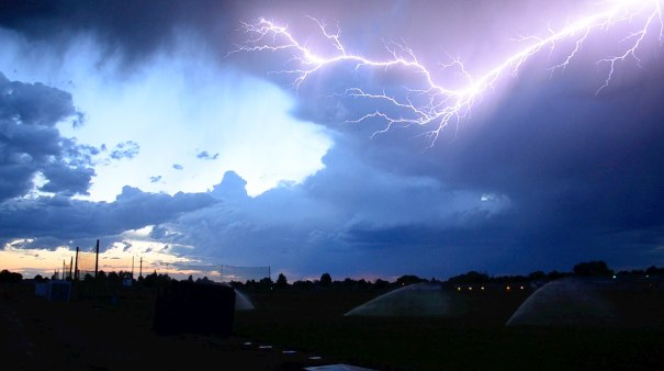 5. This perfectly captured lightning bolt.