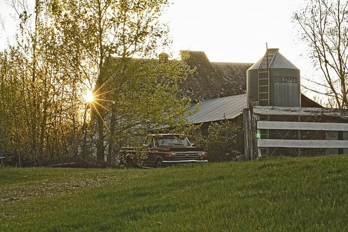 4. This farm near Bemidji looks amazing during golden hour.
