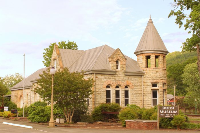 3. Fort Payne Depot Museum - Fort Payne