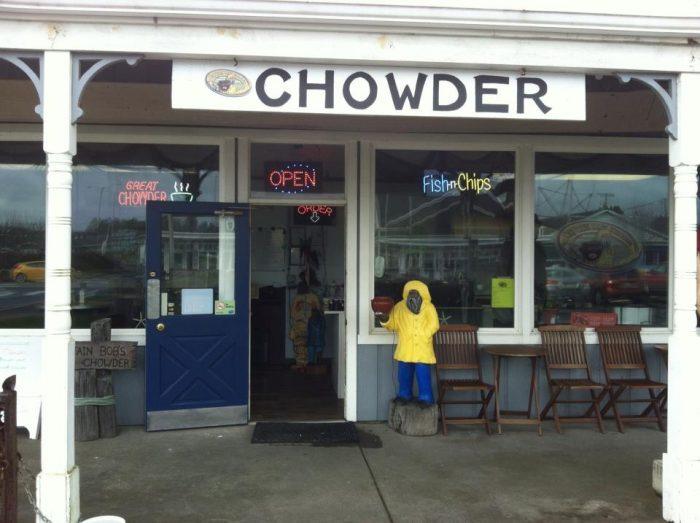 9. Captain Bob's Chowder, Long Beach (409 Pacific Ave.)