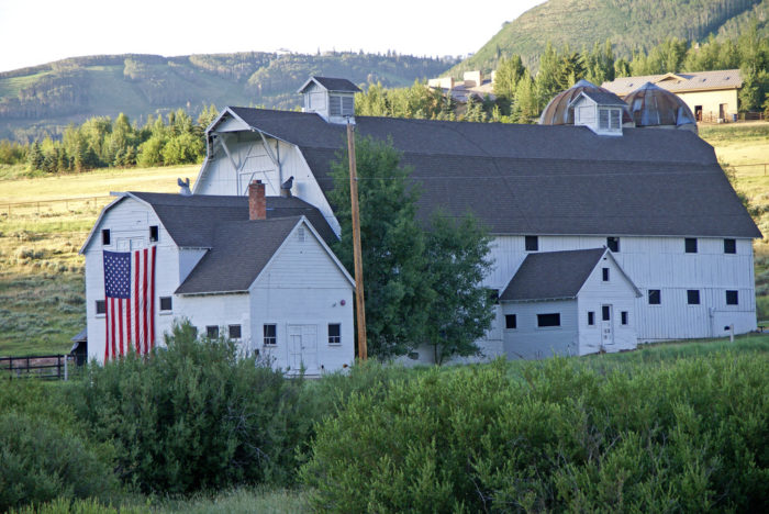 11. And really, is there anything more patriotic than this gorgeous barn?
