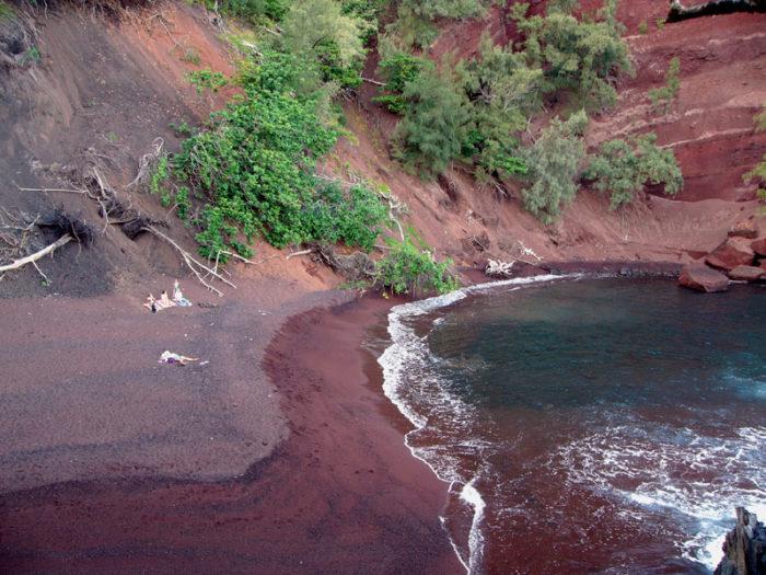 8. Kaihalulu Red Sand Beach