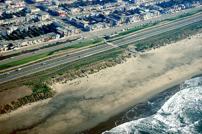 6. This closer-up view of Ocean Beach takes you to the intersection of Taraval Street and the Great Highway.