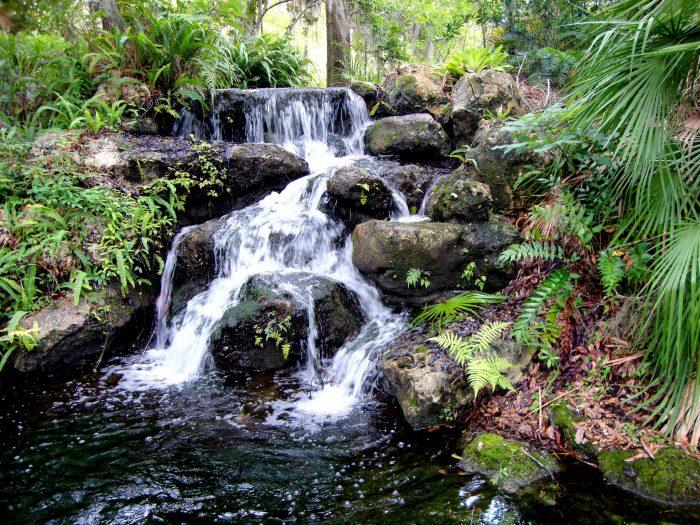 Beautiful Waterfalls At Florida 39 S Rainbow Springs State Park