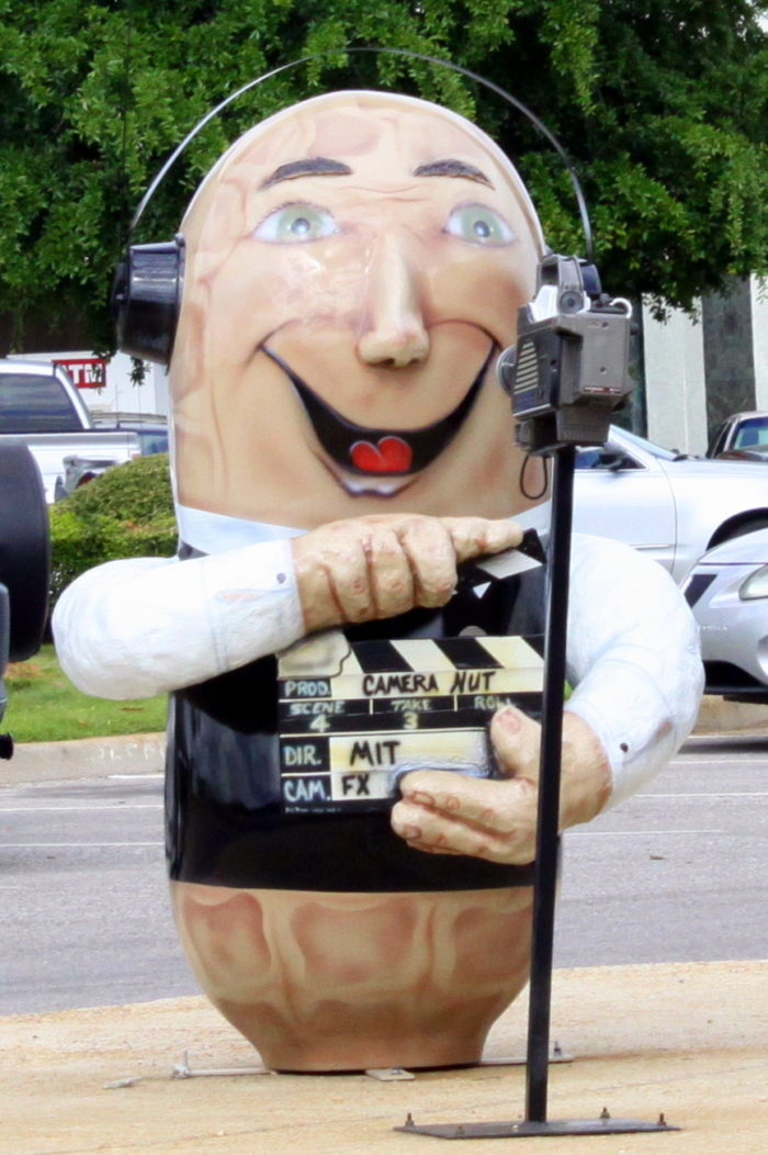 "4. ""Peanuts on Parade"" - Dothan, AL"