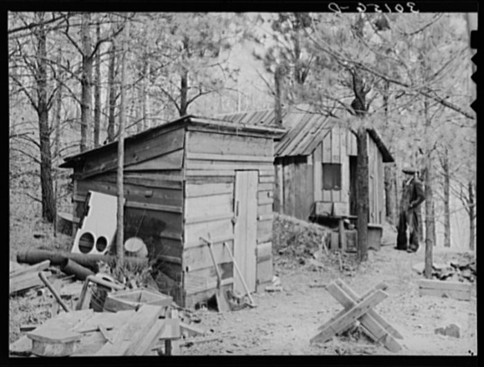 7. A gold prospector's shack. The promise of gold drew many to the state, but usually for only a very short time before they moved on. 1937