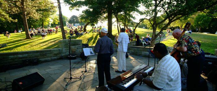 9. Enjoy a jazz concert at Riverview Park.