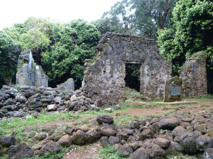 9. Kaniakapupu Ruins