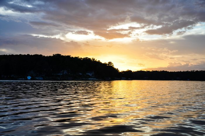 8. Lake Jackson