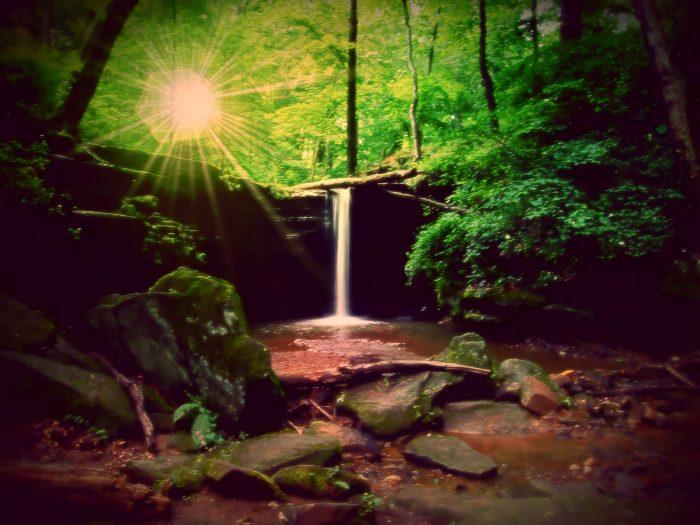 8. Dundee Falls