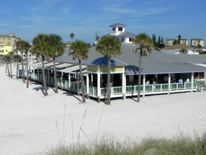 6. Palm Pavilion Beachside Grill & Bar, Clearwater