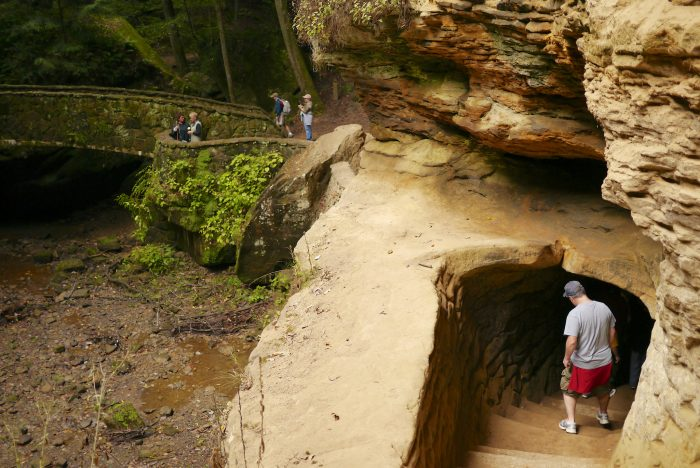 2. Old Man's Cave (Hocking Hills State Park)