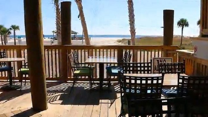 6. Bill's By The Beach - Gulf Shores