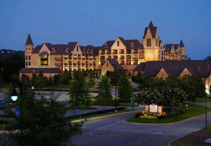 2. Renaissance Birmingham Ross Bridge Golf Resort & Spa - 4000 Grand Ave, Birmingham, AL 35226