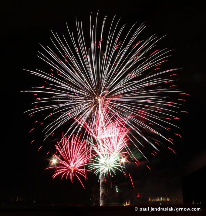 1. Amway Family Fireworks, Grand Rapids