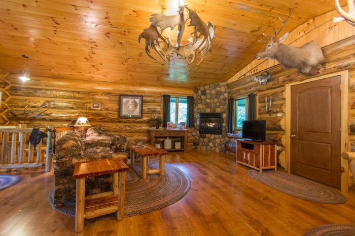 6. Antler Log Cabins - Brown County