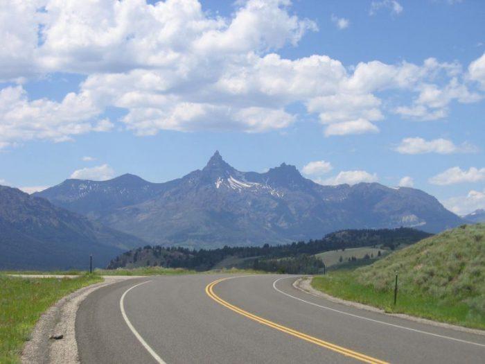 2. Beartooth Highway