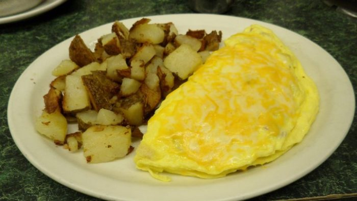 Bub's omelet and skillet potatoes