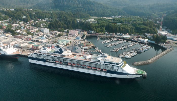 16. What lake is this cruise ship docked on?