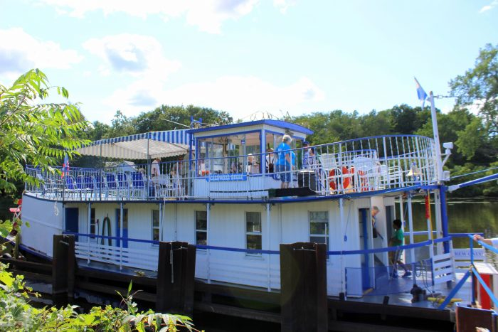 Waiting for you at Lock C5 on the Champlain Canal, you'll find the only authentic sternwheel paddleboat operating on the Upper Hudson River and the Champlain Canal.