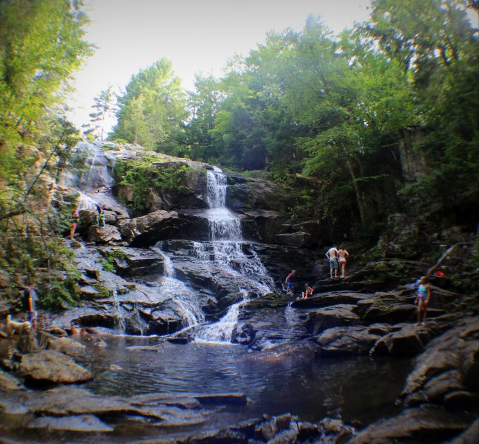 The toughest part of this hike is the part where you actually get yourself down to the falls. Following a steep path to the bottom.