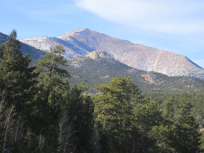 10. Mount Meeker Scenic Overlook (Meeker)