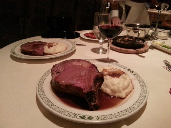 8. Prime rib can be paired perfectly with a variety of wines and beer. So, whether you're a fan of wine or beer, it won't be hard to pair a drink with your delicious prime rib dinner.
