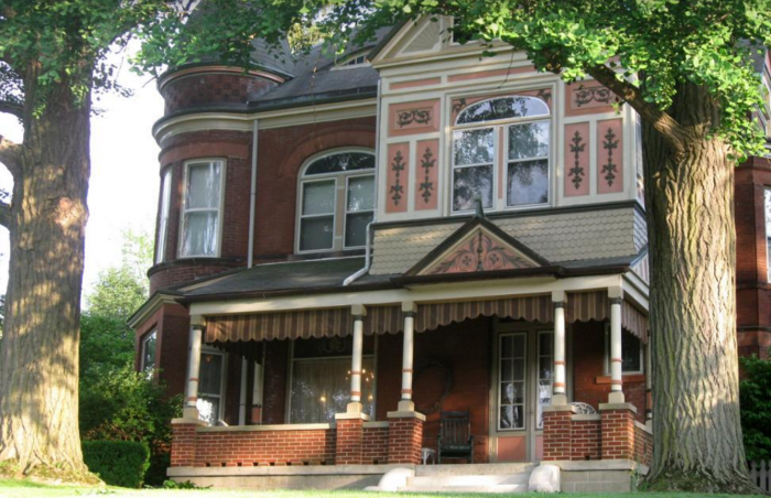2. Philip W. Smith Bed and Breakfast - Richmond