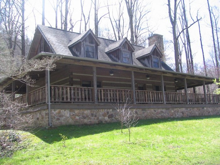 4. Pine Mountain Settlement School