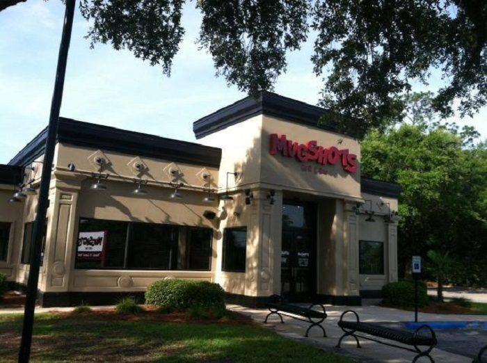 4. Mugshots Grill & Bar - Mobile