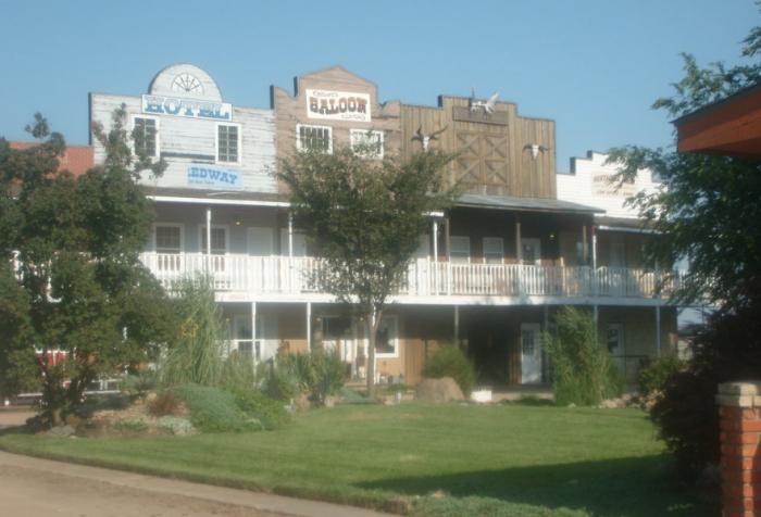 11. Hedrick Exotic Animal Farm and Bed & Breakfast Inn (Nickerson)