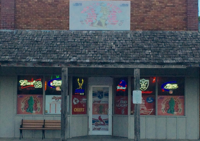 5. Pickled Pete's Bar & Grill (Frontenac)