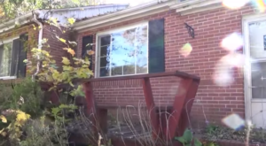 What Was Discovered Inside This Abandoned Home Will Leave You In Awe