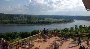 Try These 12 Indiana Restaurants For A Magical Outdoor Dining Experience