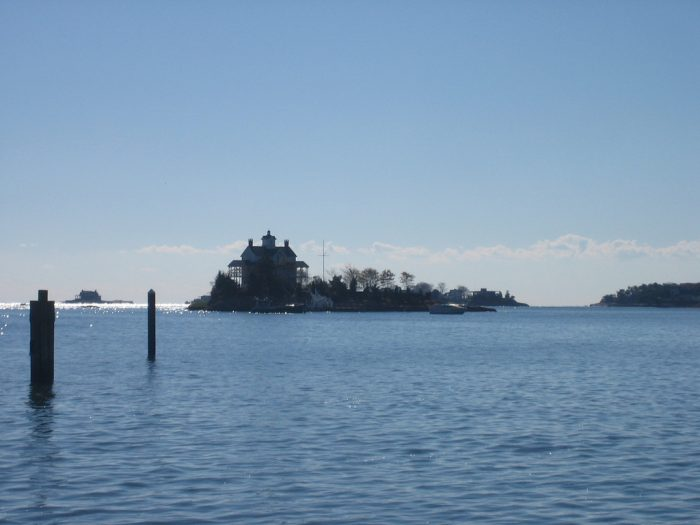1. Explore the land off the shore of Stony Creek as you tour the Thimble Islands.