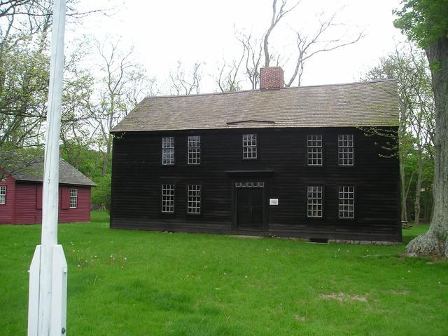 10. Thomas Lee House (Niantic)