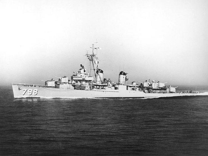 USS Monssen (DD-798)