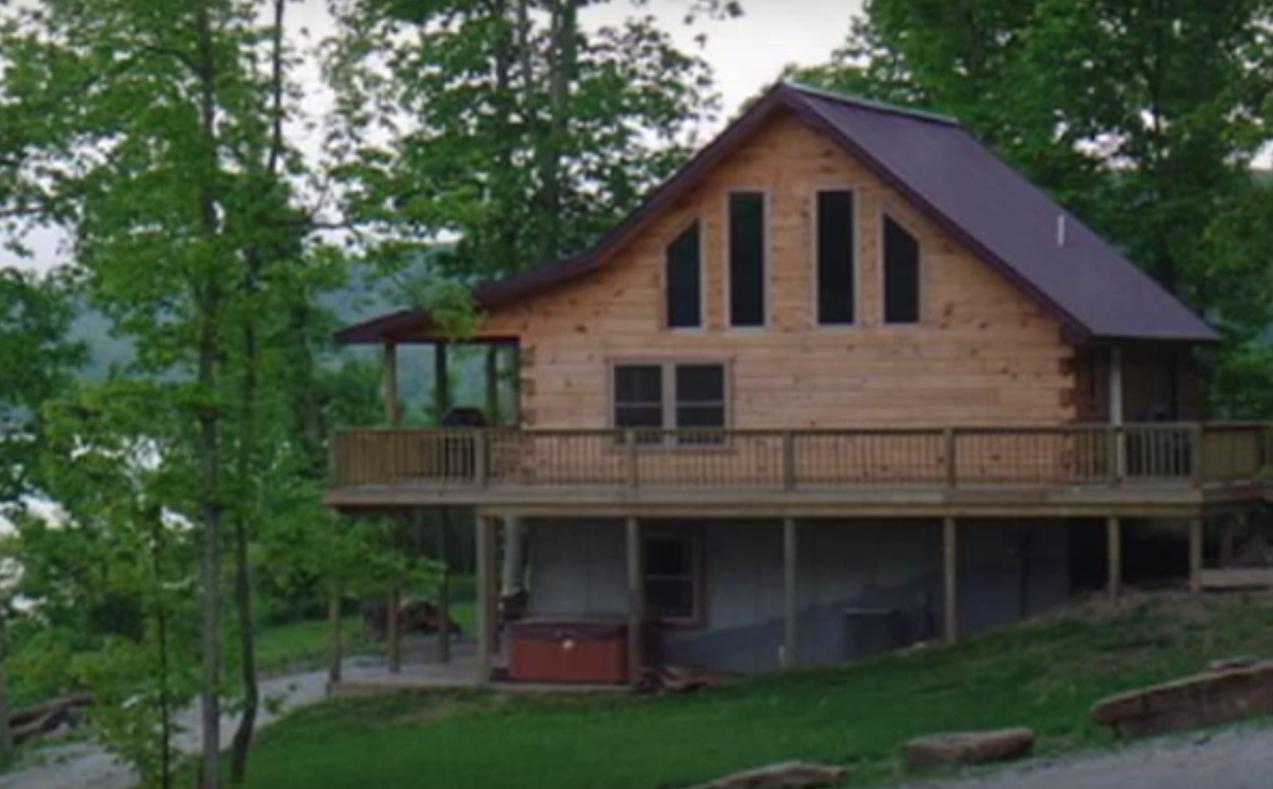 Brown county indiana log cabins and vacation homes with for Vacation log homes