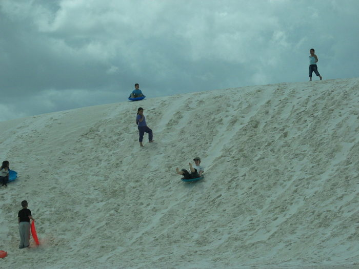 White_sands_sledding
