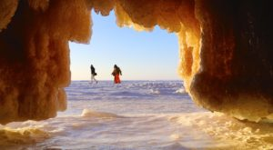 Hiking To This Aboveground Cave In Wisconsin Will Give You A Surreal Experience